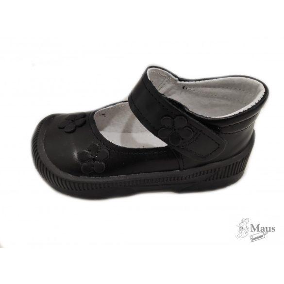 Maus szupinált fekete box papucscipő